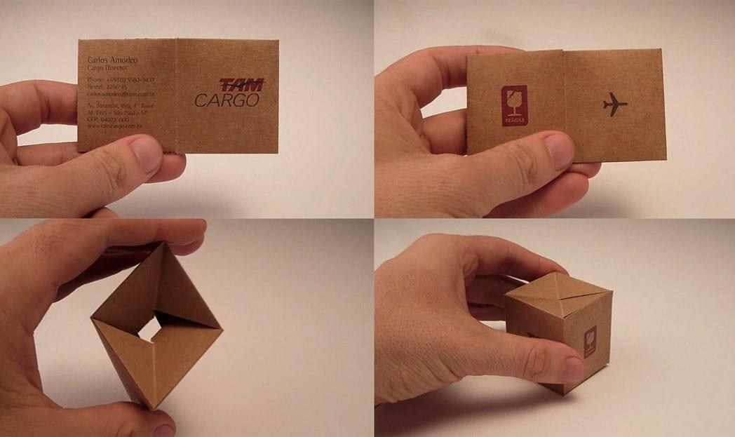 TAM Cargo - cartão de visita que vira uma caixa