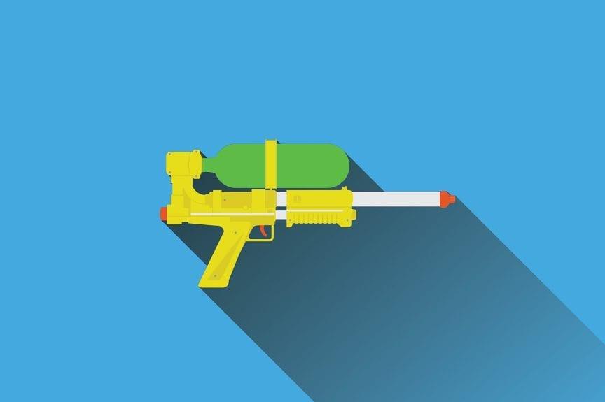 brinquedos-anos-80-90-arma-agua