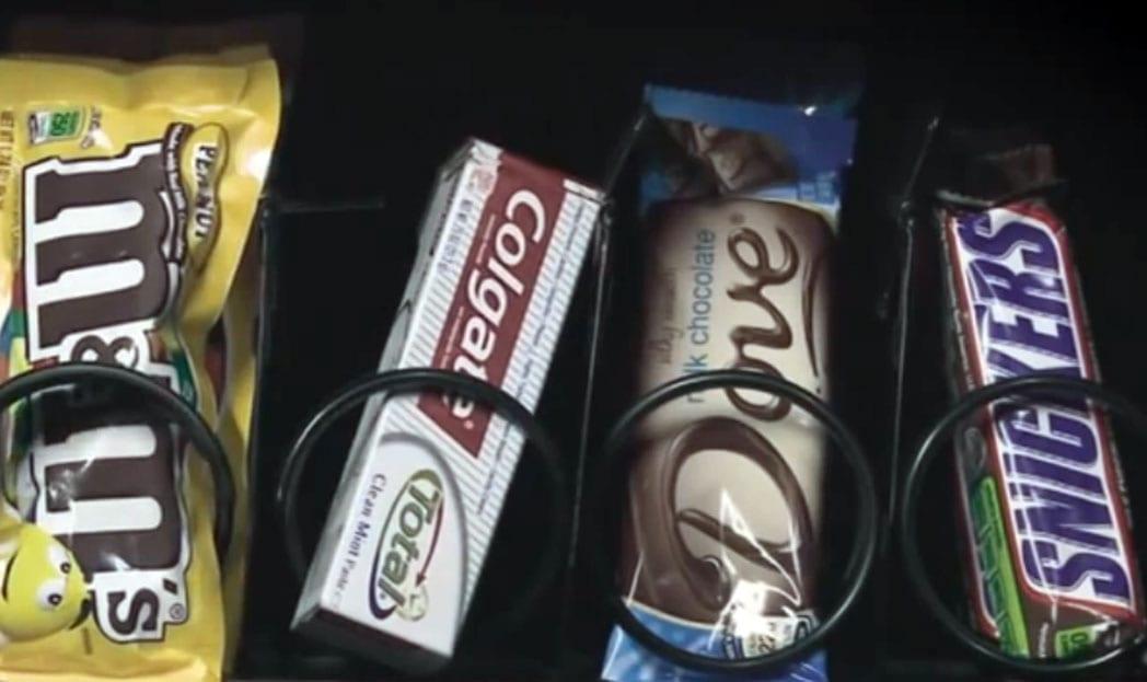 colgate-vending-machine-1