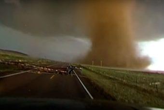 vídeo de tornado em 360