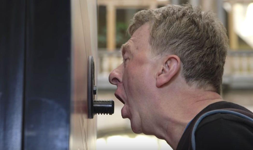 A vending machine para quem tem mau hálito