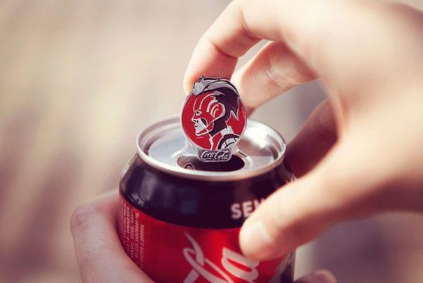 Coca-Cola transforma lacres em pins colecionáveis de 'Vingadores'