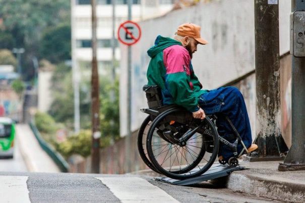 Ford apresenta o Tapete de Acessibilidade, para facilitar a mobilidade de cadeirantes